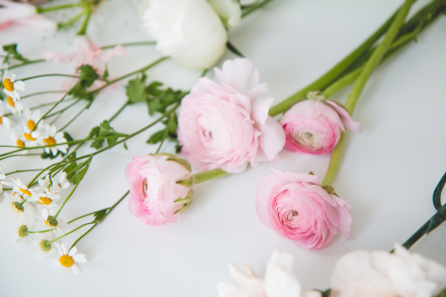 DIY: Bridesmaids Bouquets | The Daily Dose