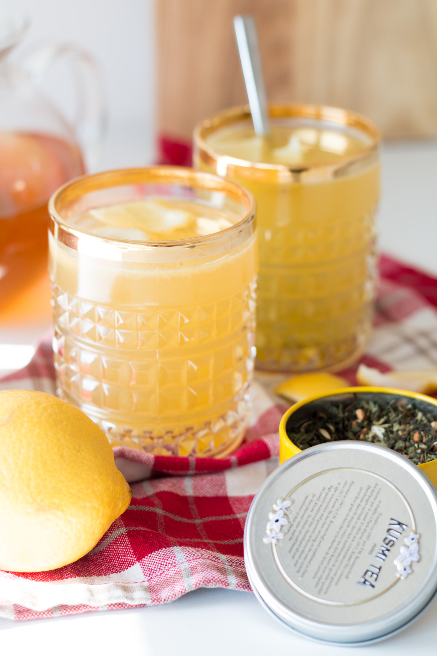 Bubbly Friday Detox Lemontea  The Daily Dose ~ Entsafter Detox