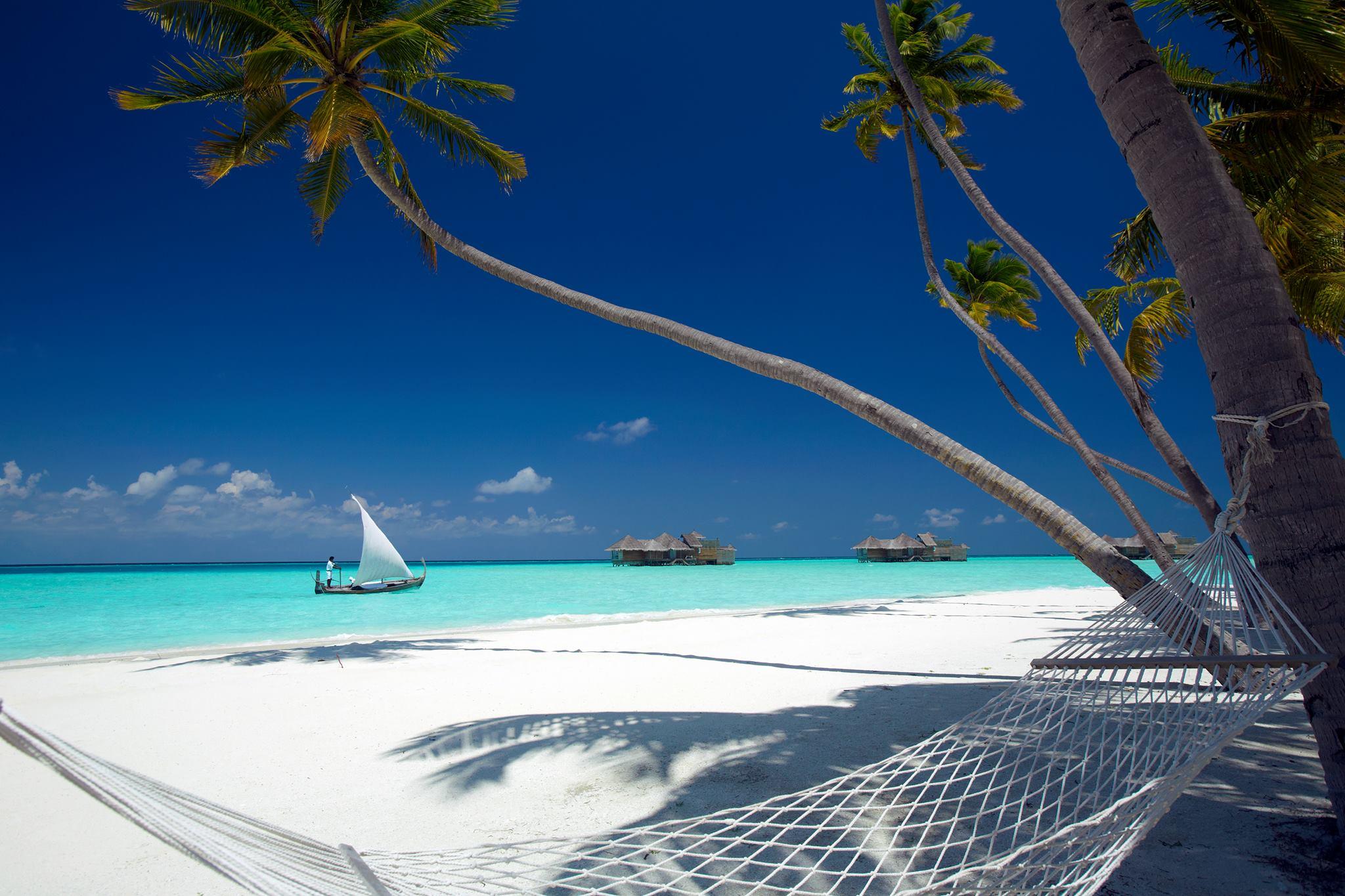 5 Hotels: Gili Lankanfushi | Love Daily Dose