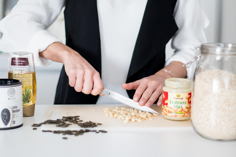 Granola Superfood Bars Recipe | Love Daily Dose