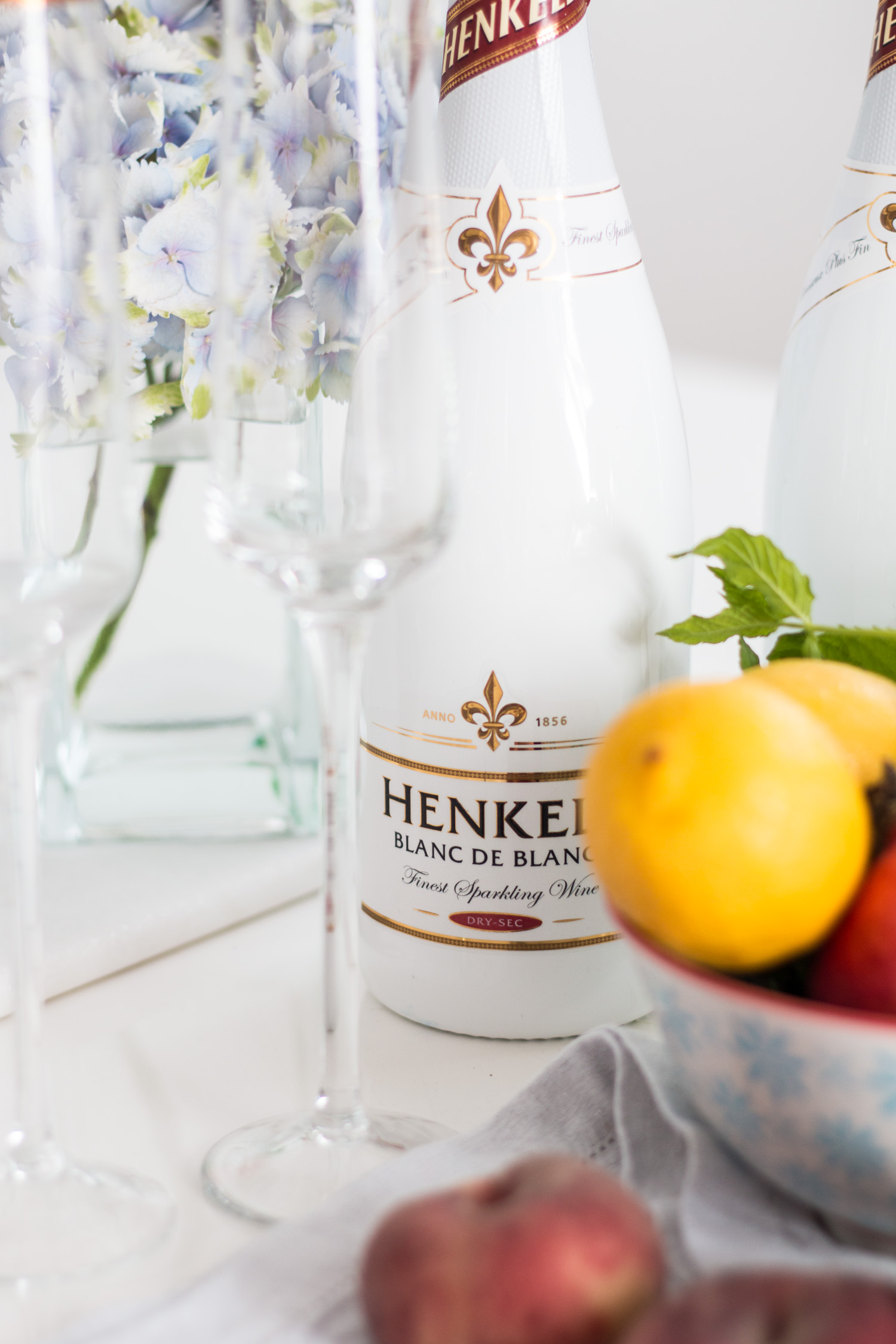 Henkell Blanc de Blancs Secco Bar | The Daily Dose