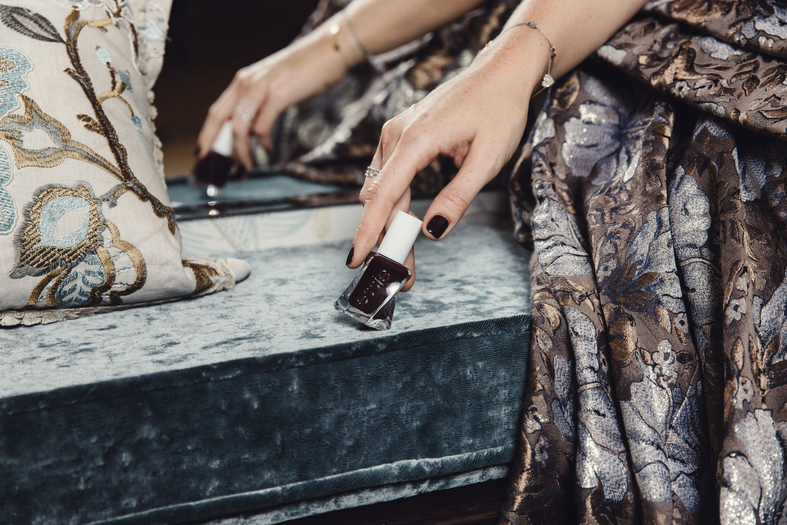 long-lasting manicure at home: essie gel couture | Love Daily Dose