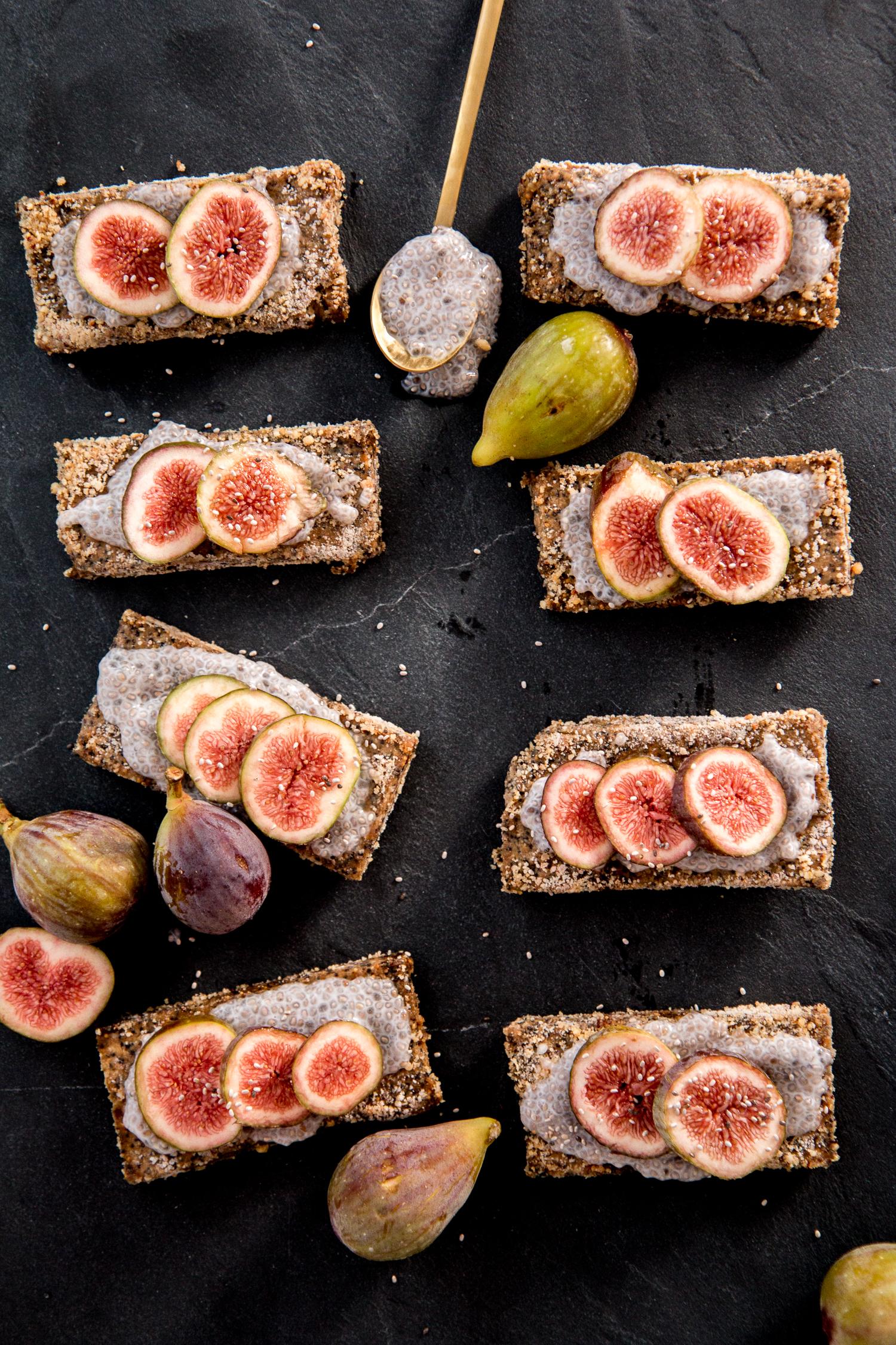 raw-bakery-fig-poppy-bars-11