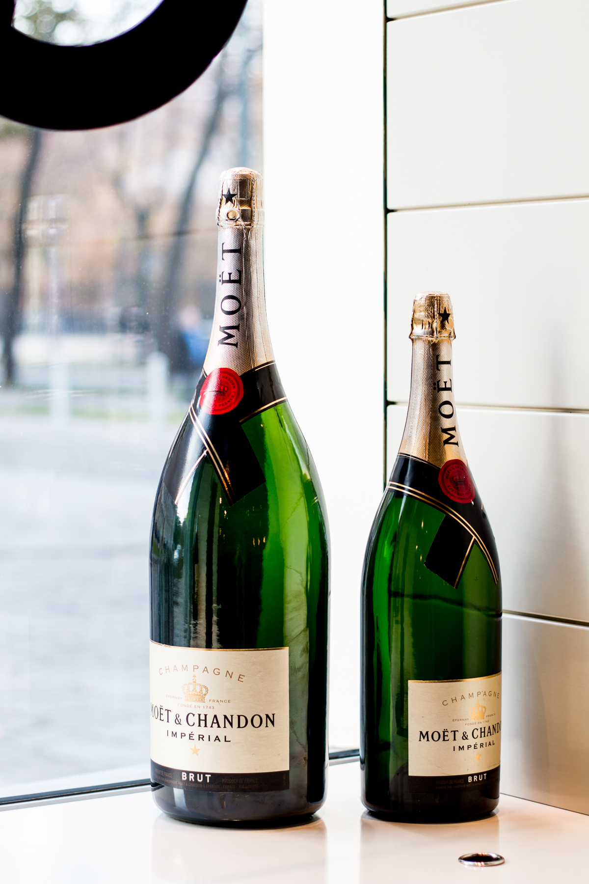 Vienna Picks: Le Moët Champagne Bar | The Daily Dose