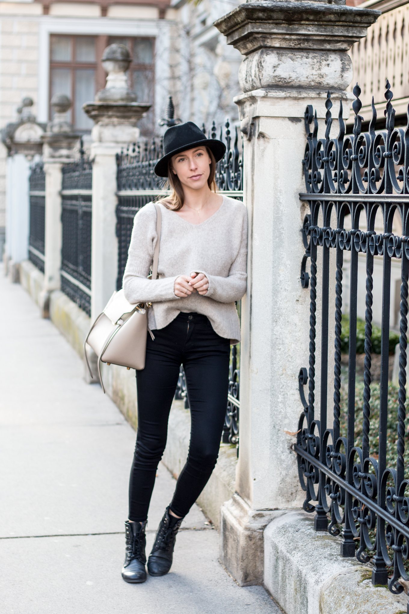 Editor's Pick: Black Hats | The Daily Dose