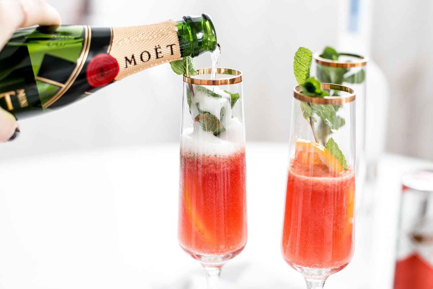 Bubbly Friday: Blood Orange Champagne Mules | Love Daily Dose