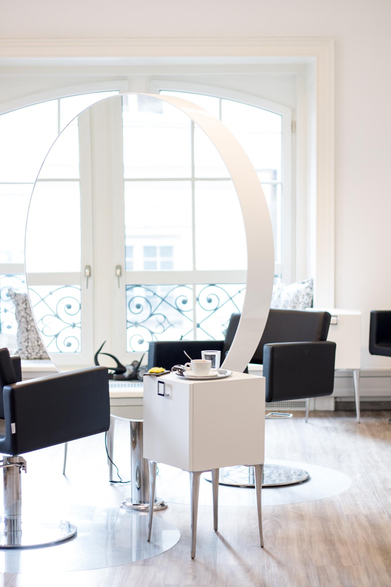 friseur in hof beauty talk die besten friseure in wien the daily dose. Black Bedroom Furniture Sets. Home Design Ideas