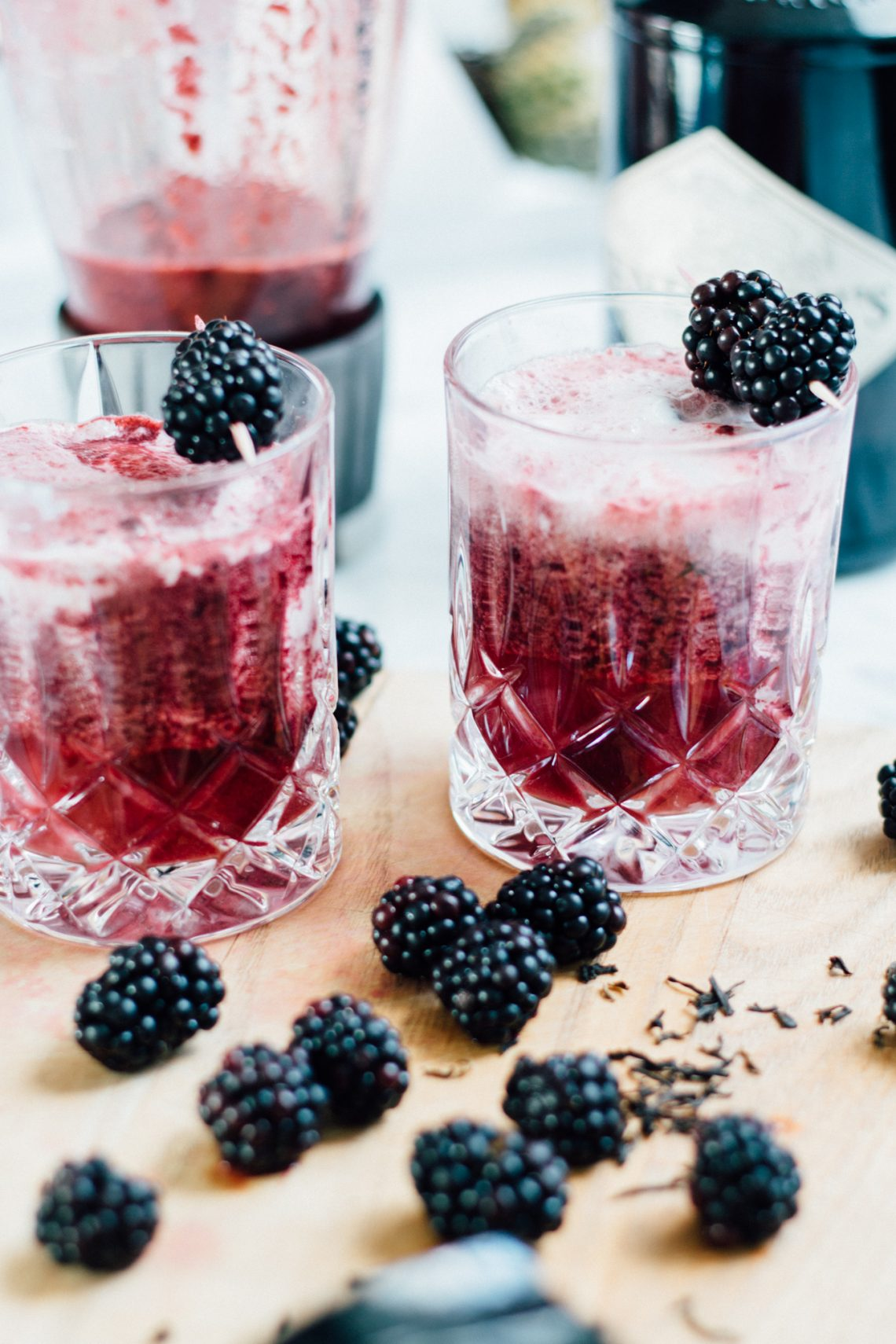 Bubbly Friday: Blackberry Floats