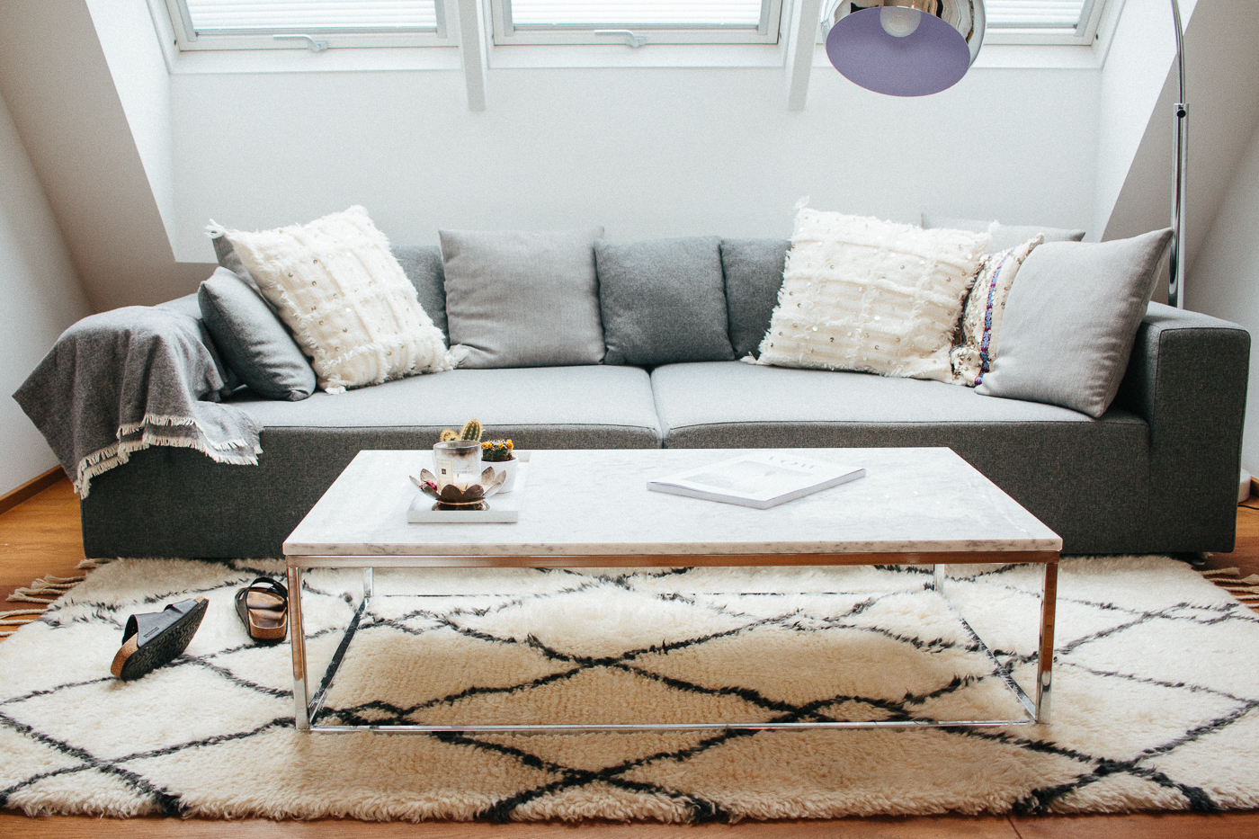 White Marble Coffee Table Interior Inspiration   Love Daily Dose