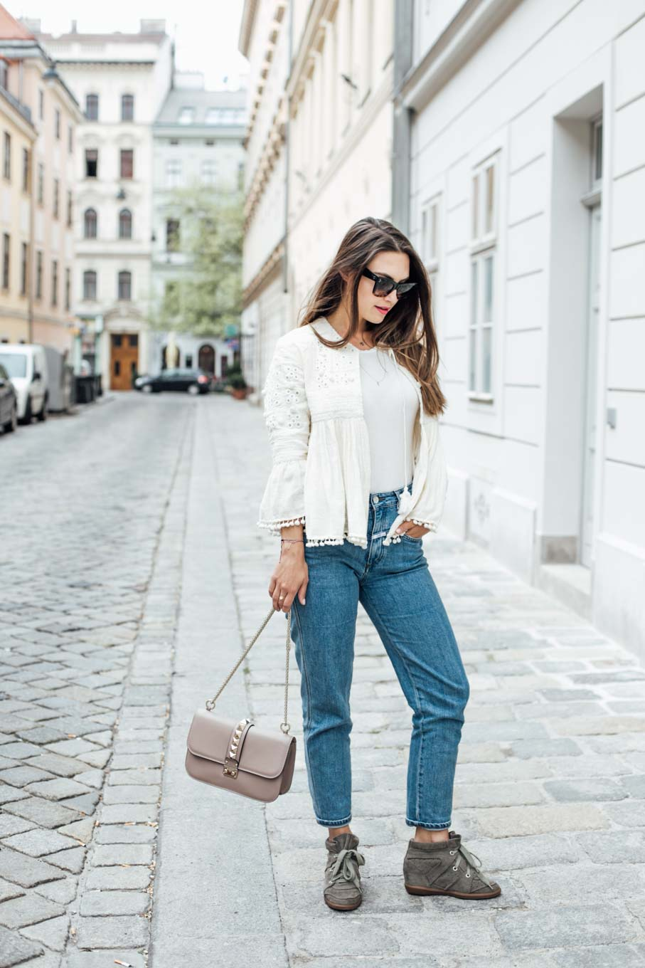 Editor's Pick: The Basic White T-Shirt Styled in 3 Ways   #lovedailydose