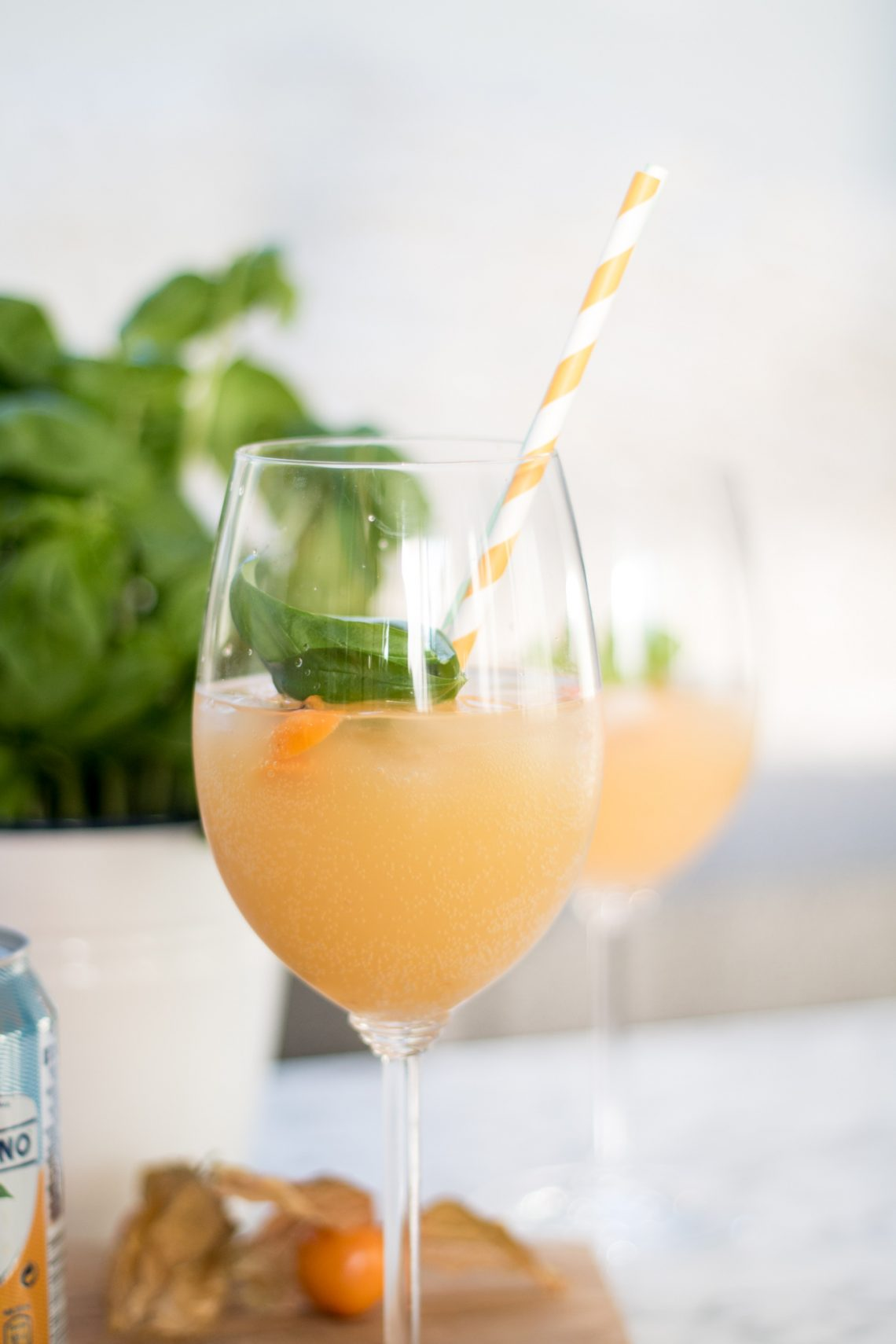 Bubbly Friday: Aranciata A La Rosé