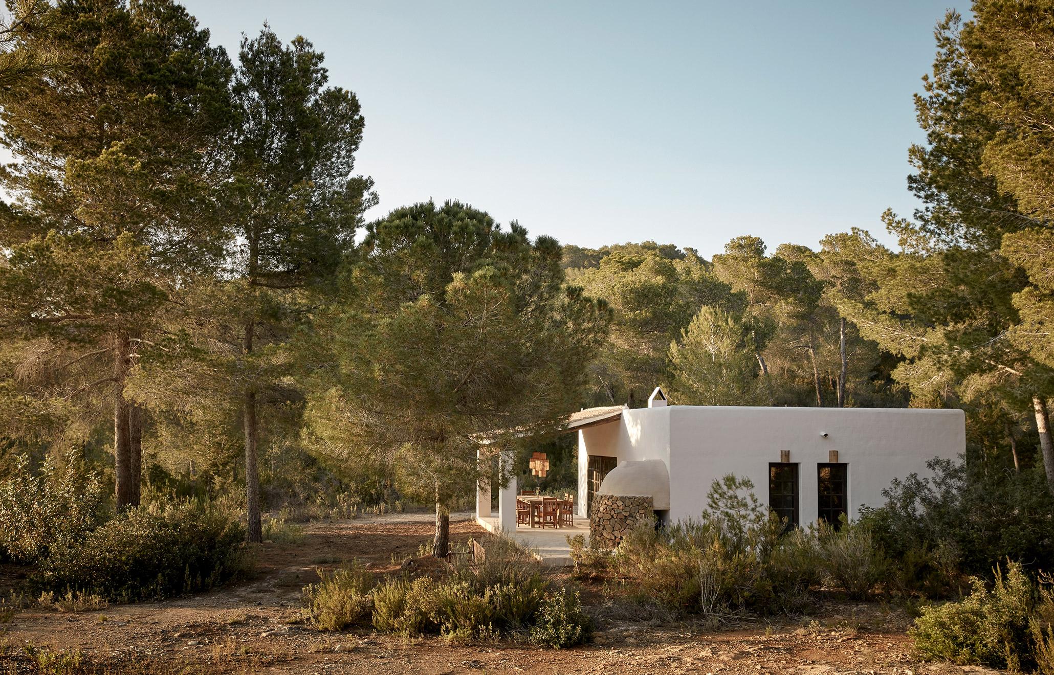 5 Hotels: Wellness & Detox - La Granja Ibiza | Love Daily Dose