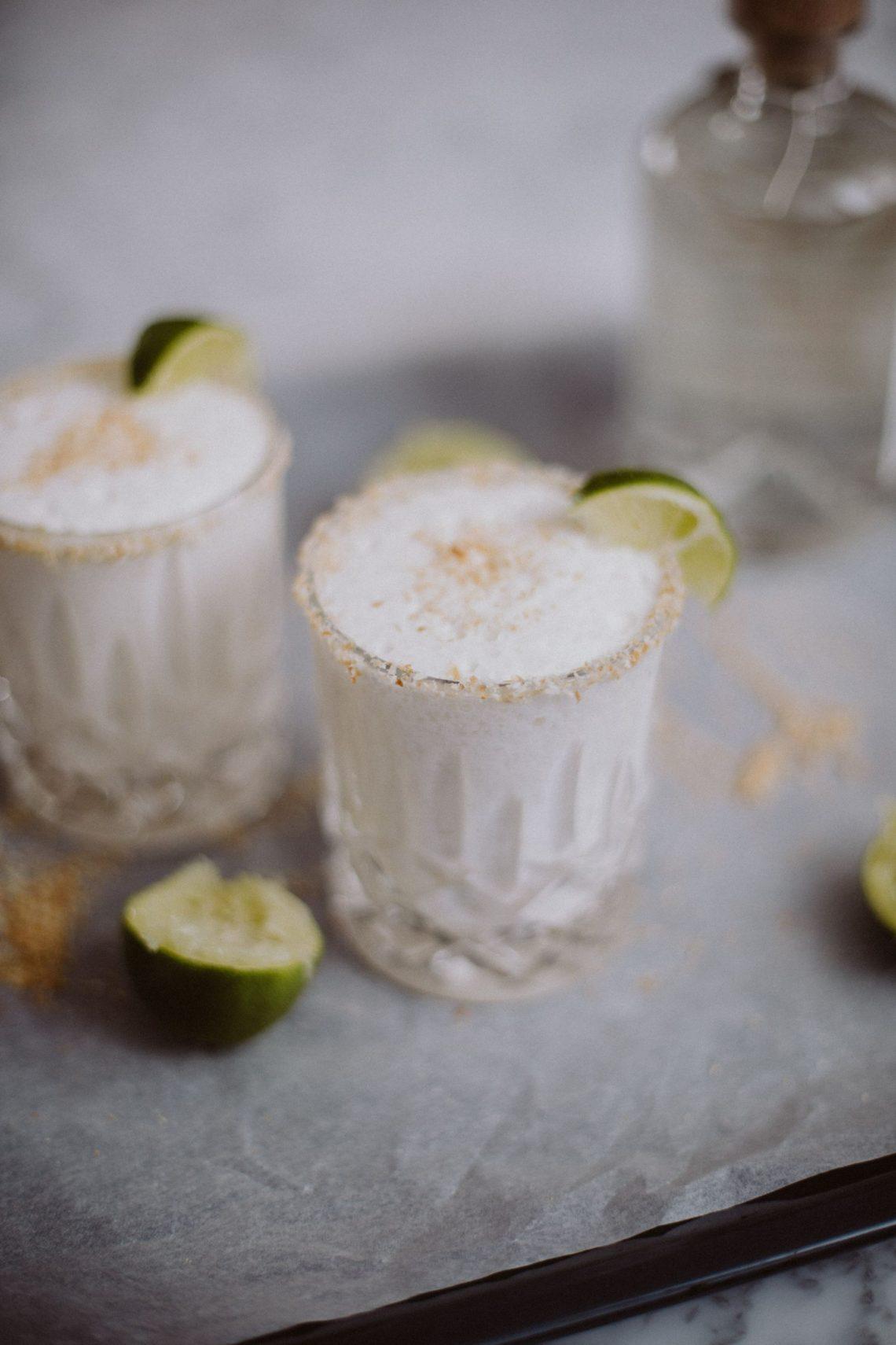Bubbly Friday: Toasted Coconut Margarita