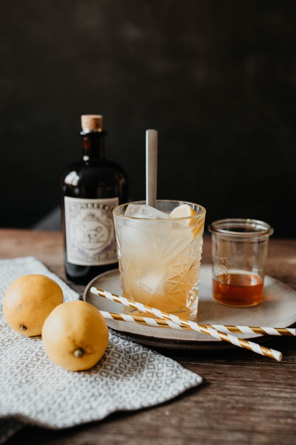 Bubbly Friday: Sour Gin Bee