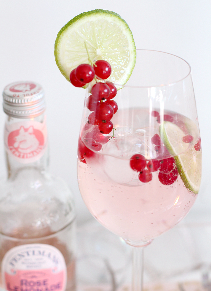 Bubbly Friday: Pink Birthday Bubbles with vodka, pink lemonade, lime & red currant