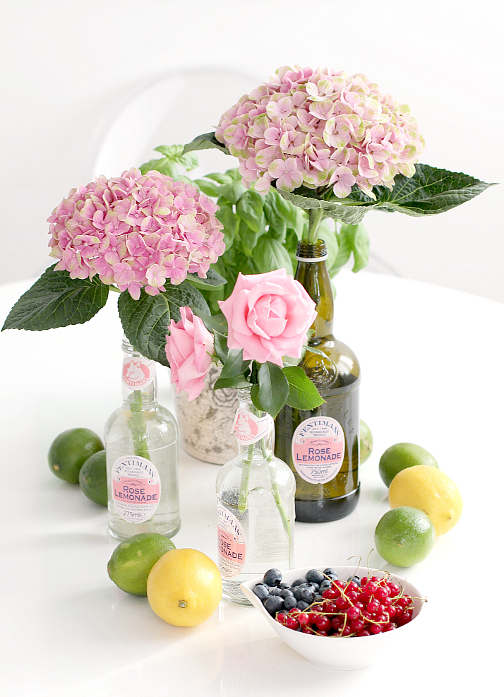 Table Arrangement: Summer Brunch