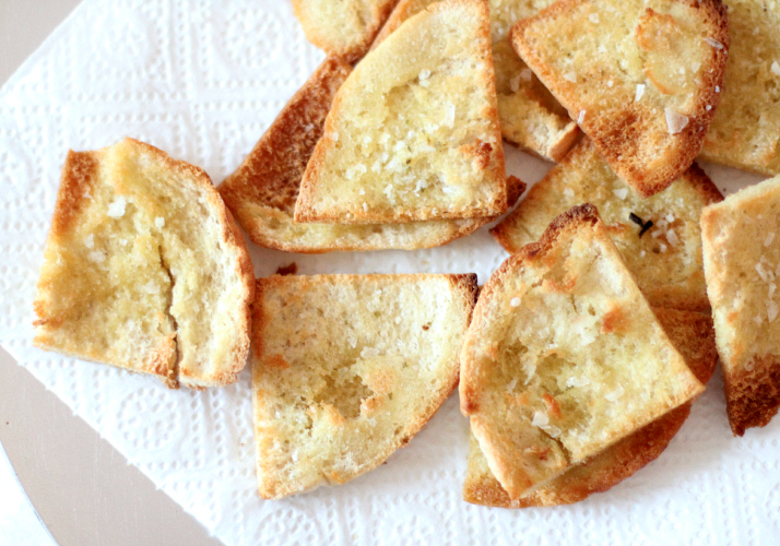 Moroccan Dinner: Homemade Pita Chips | The Daily Dose