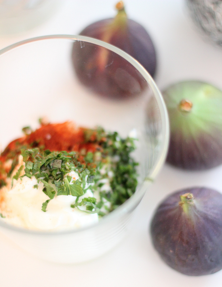 Moroccan Dinner: Joghurt, Mint and Paprika Dip | The Daily Dose