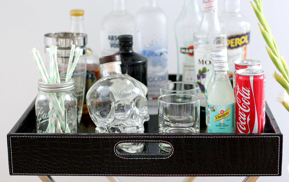 Tray Table Styling: bar tray | The Daily Dose