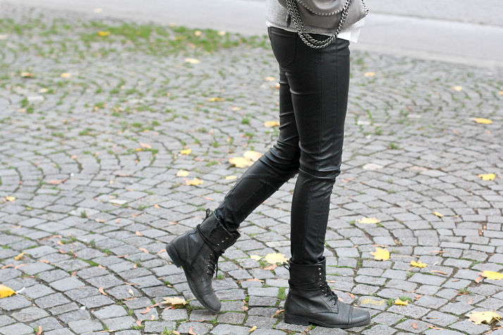 Editor's Pick: Leather Pants | The Daily Dose