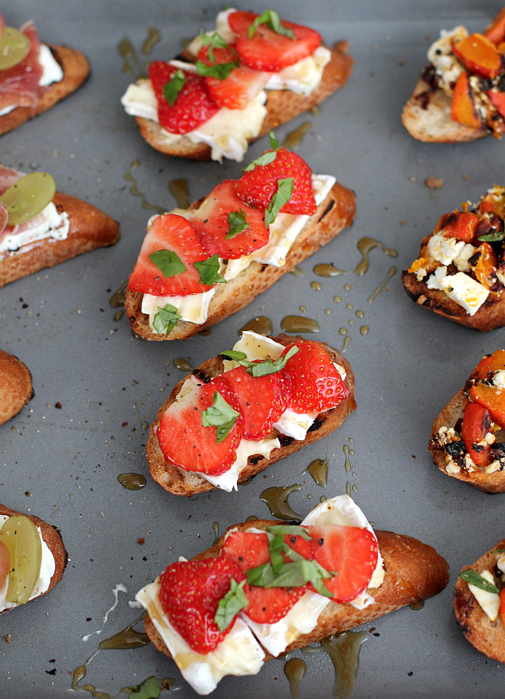 Crostini 3 Ways: Strawberry and Brie | The Daily Dose