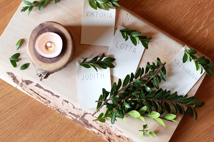 DIY: Festive Place Cards | The Daily Dose