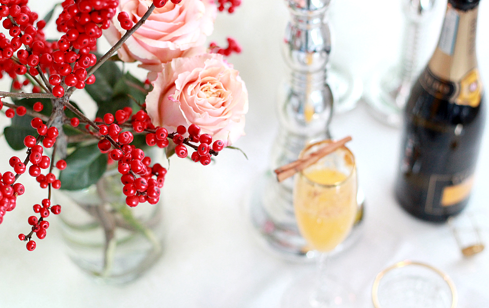 Festive Holiday Table Arrangement | The Daily Dose