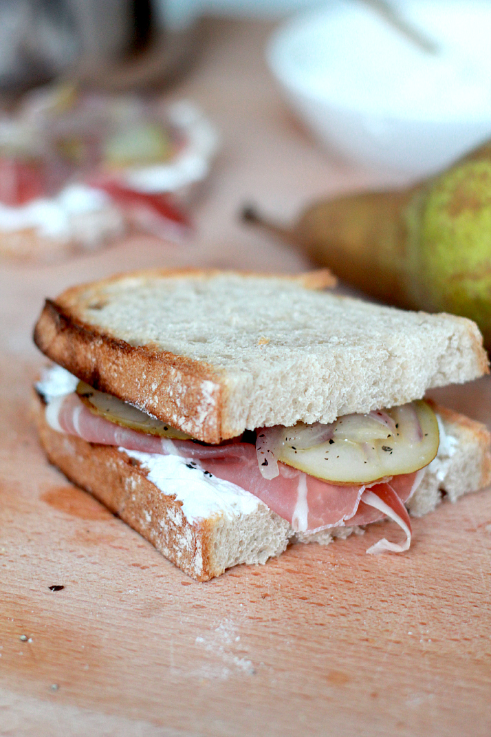 Recipe: Pear Sandwich | The Daily Dose