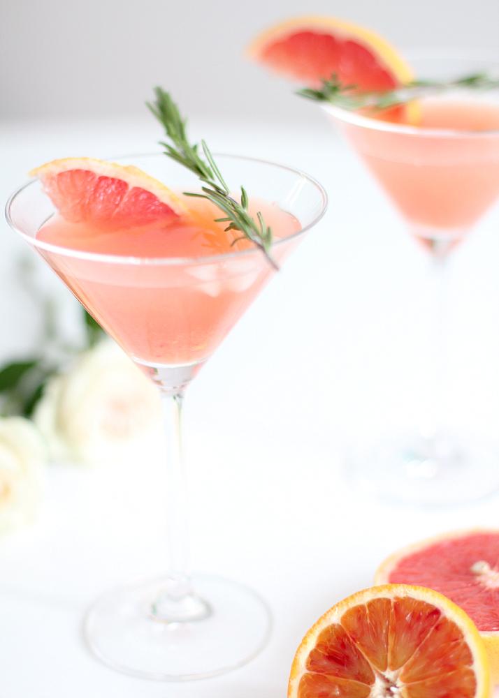 Blushing Kiss Martini | The Daily Dose