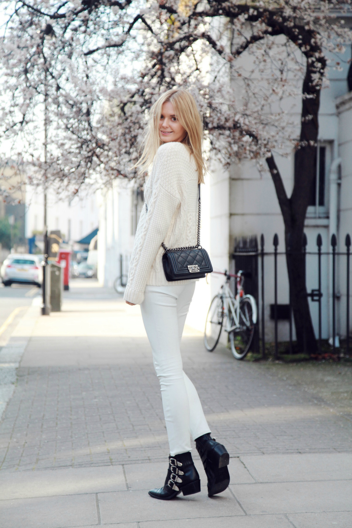 Steal-Her-Style-Pastel-Knits-Article-3