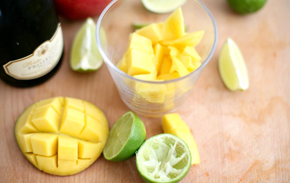 Mango-Lime Mimosas | Love Daily Dose