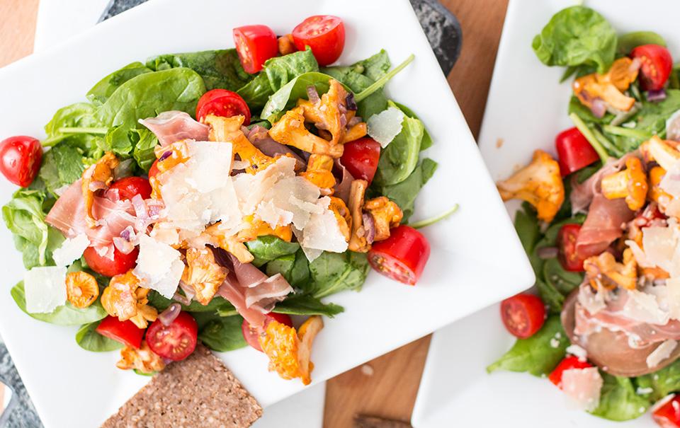Late Summer Salad: Chanterelles & Prosciutto