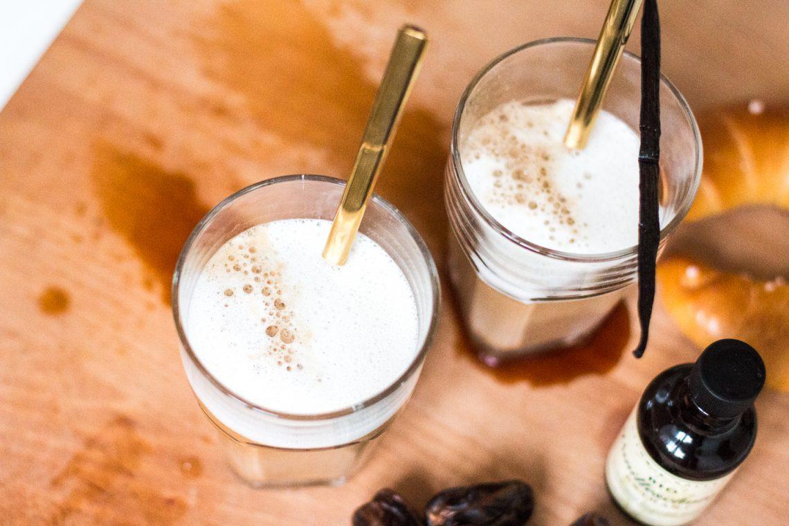 Bubbly Friday: Medjool Date Latte