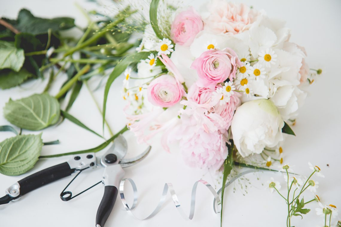 DIY: Bridesmaids Bouquets