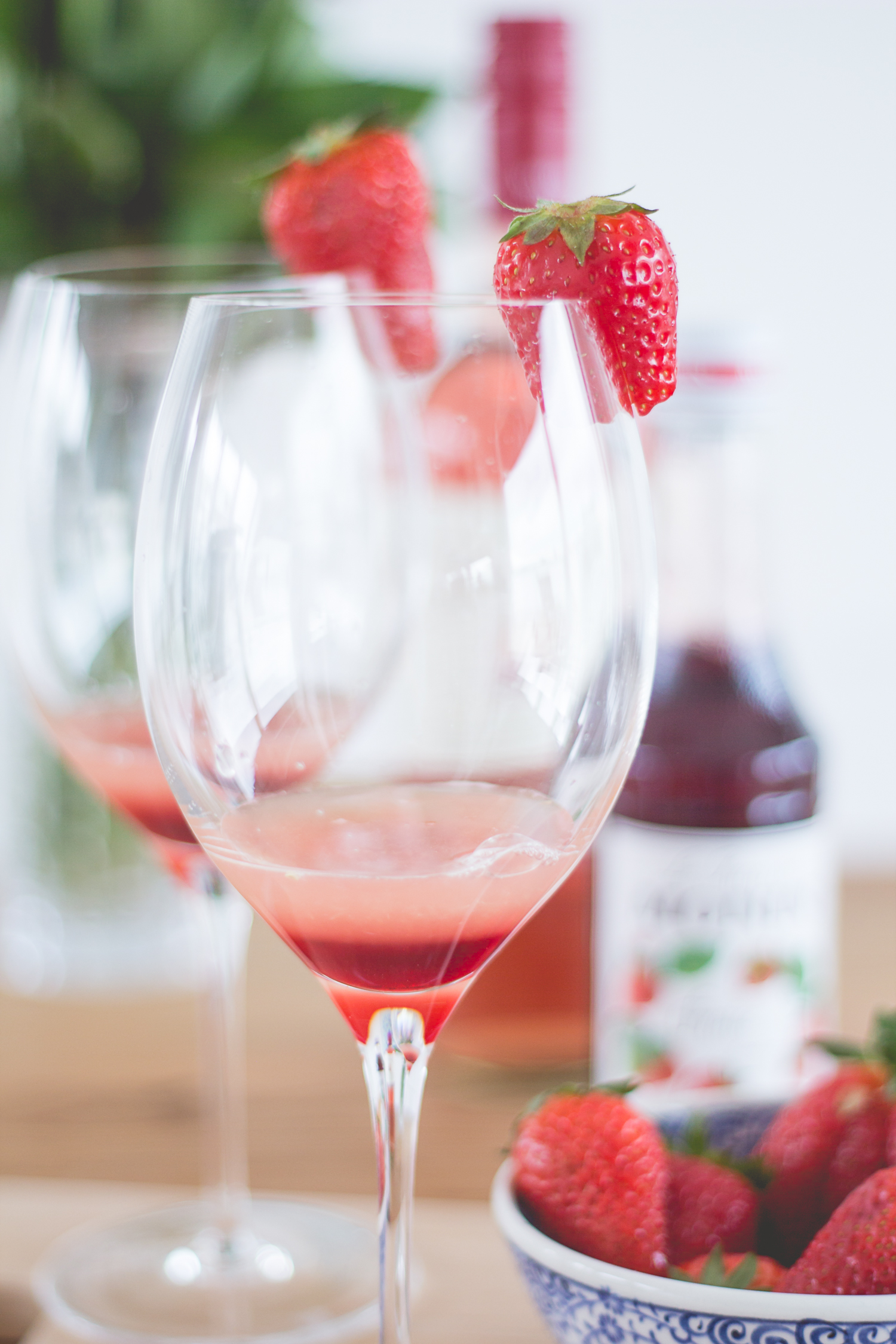 Bubbly Friday: Rose Splash | The Daily Dose