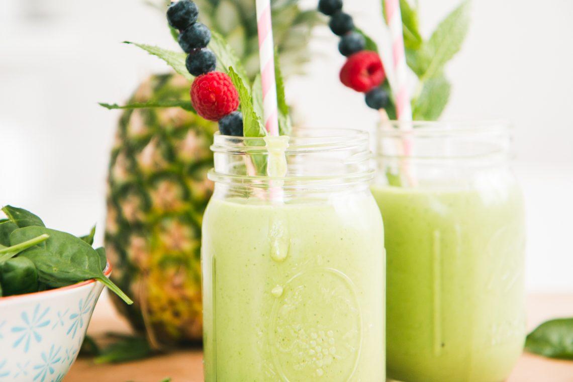 Bubbly Friday: Freshii Green Smoothie