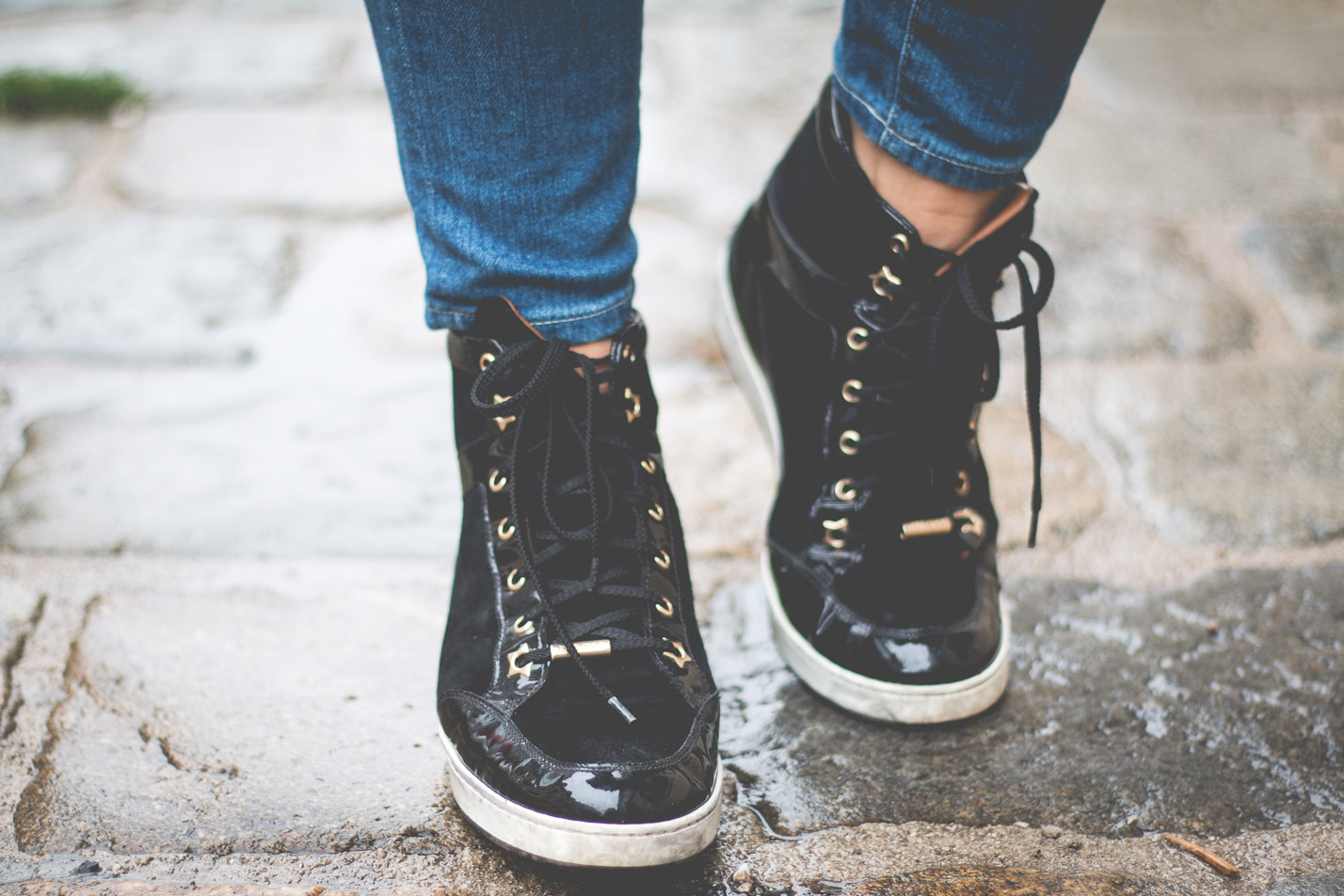 Editor's Pick: Sneaker Time | Love Daily Dose