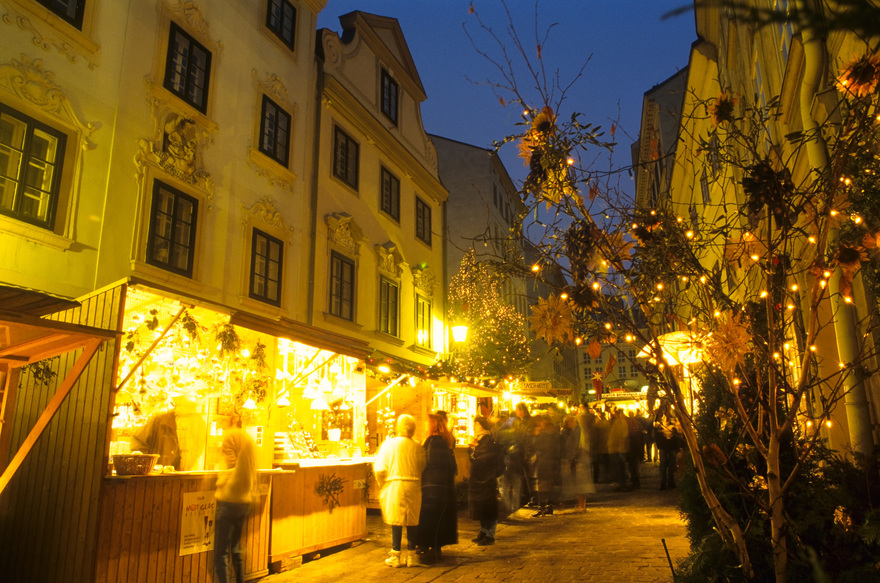 Favorite Christmas Markets | The Daily Dose