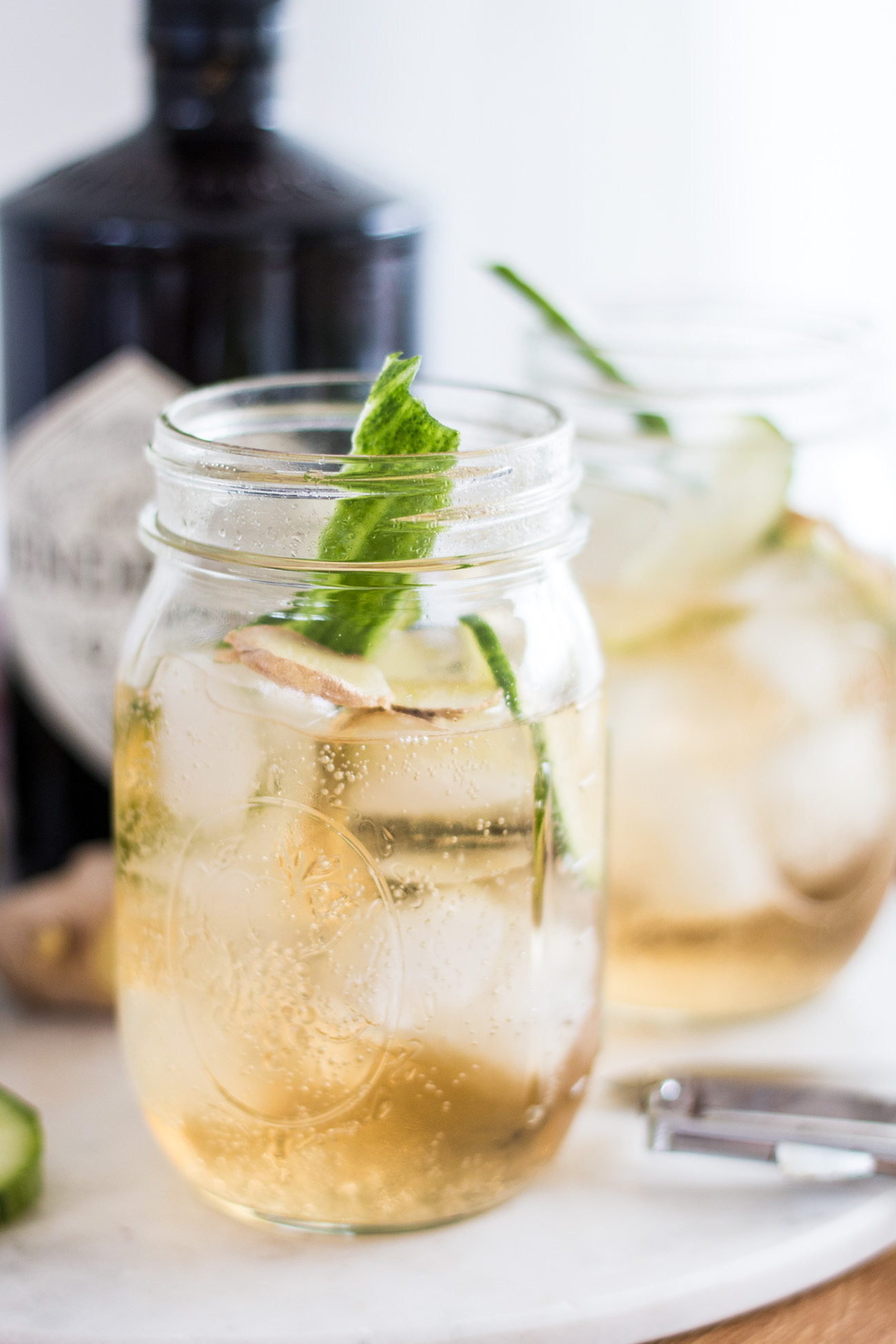 Bubbly Friday: Gin, Ginger Ale & Ginger | The Daily Dose