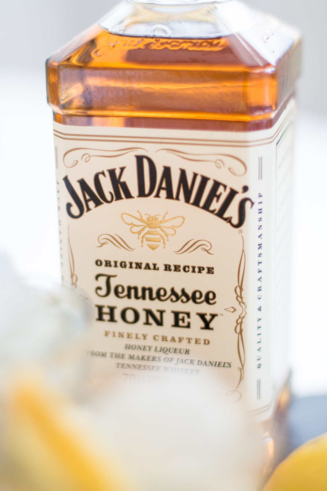 Whiskey Lemonade | The Daily Dose
