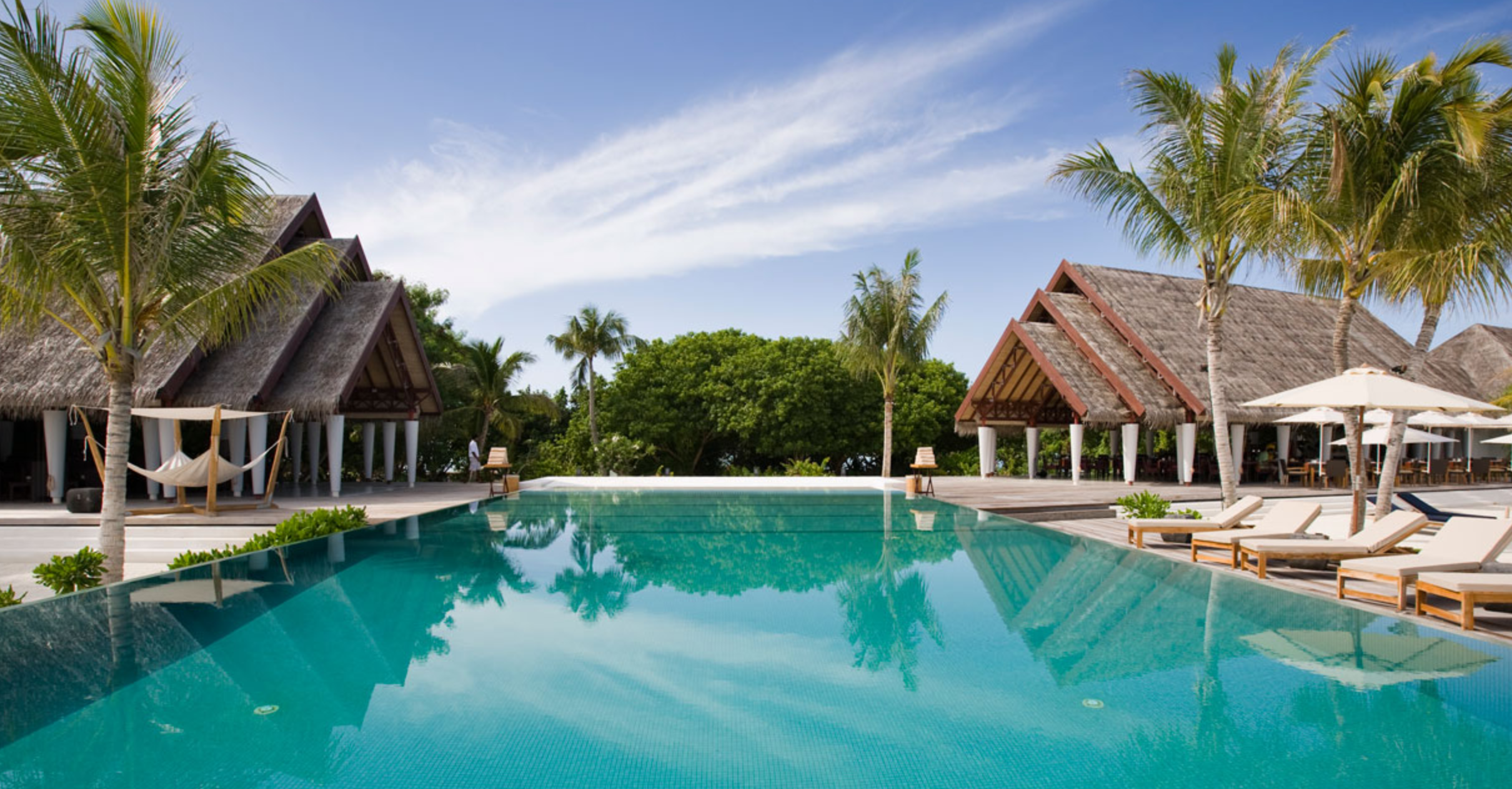 5 Hotels: LUX* Resort South Ari Atoll | Love Daily Dose