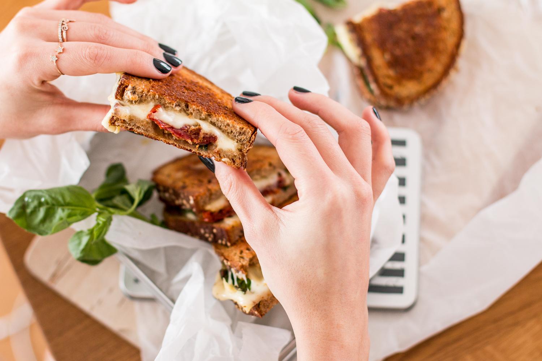 Italian Grilled Cheese Sandwich - Leerdammer #wirkäsebroten | Love Daily Dose