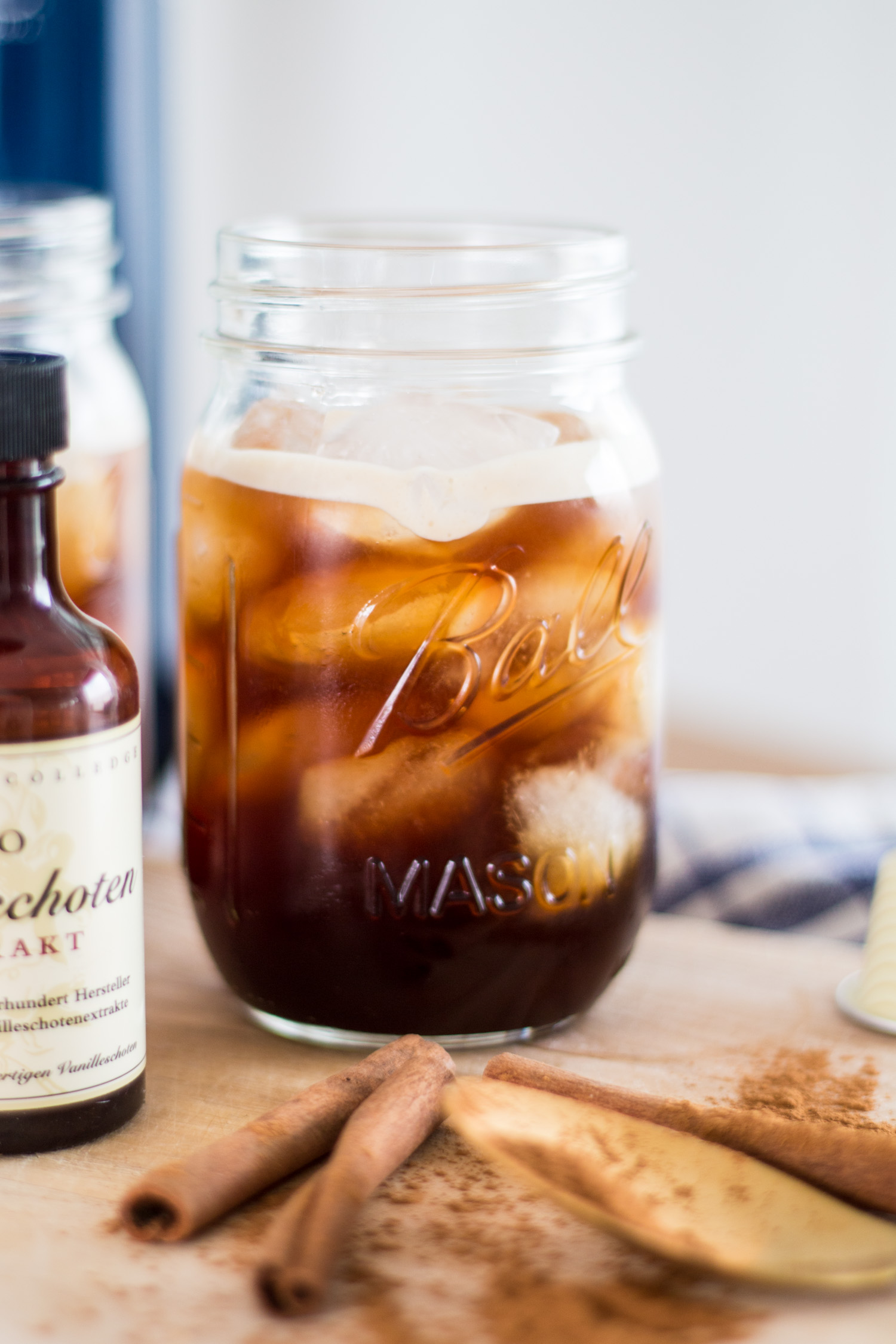 Bubbly Friday: Iced Vodka Coffee | The Daily Dose