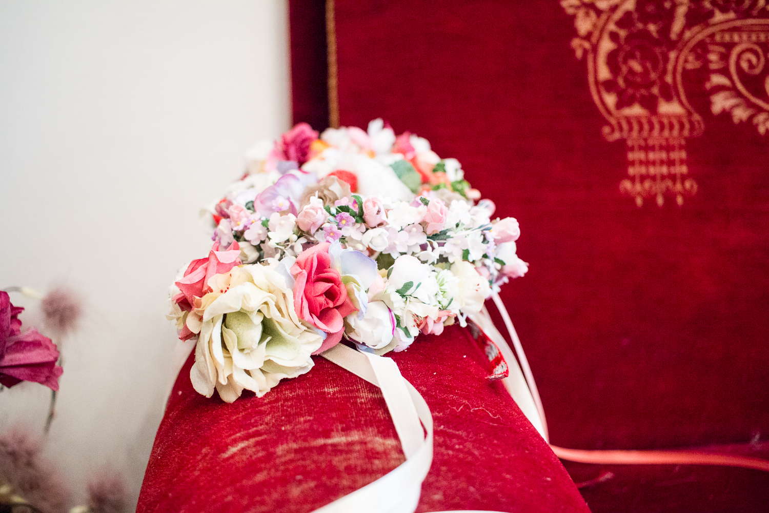 WE ARE FLOWERGIRLS Vienna - flower crowns for weddings | Love Daily Dose