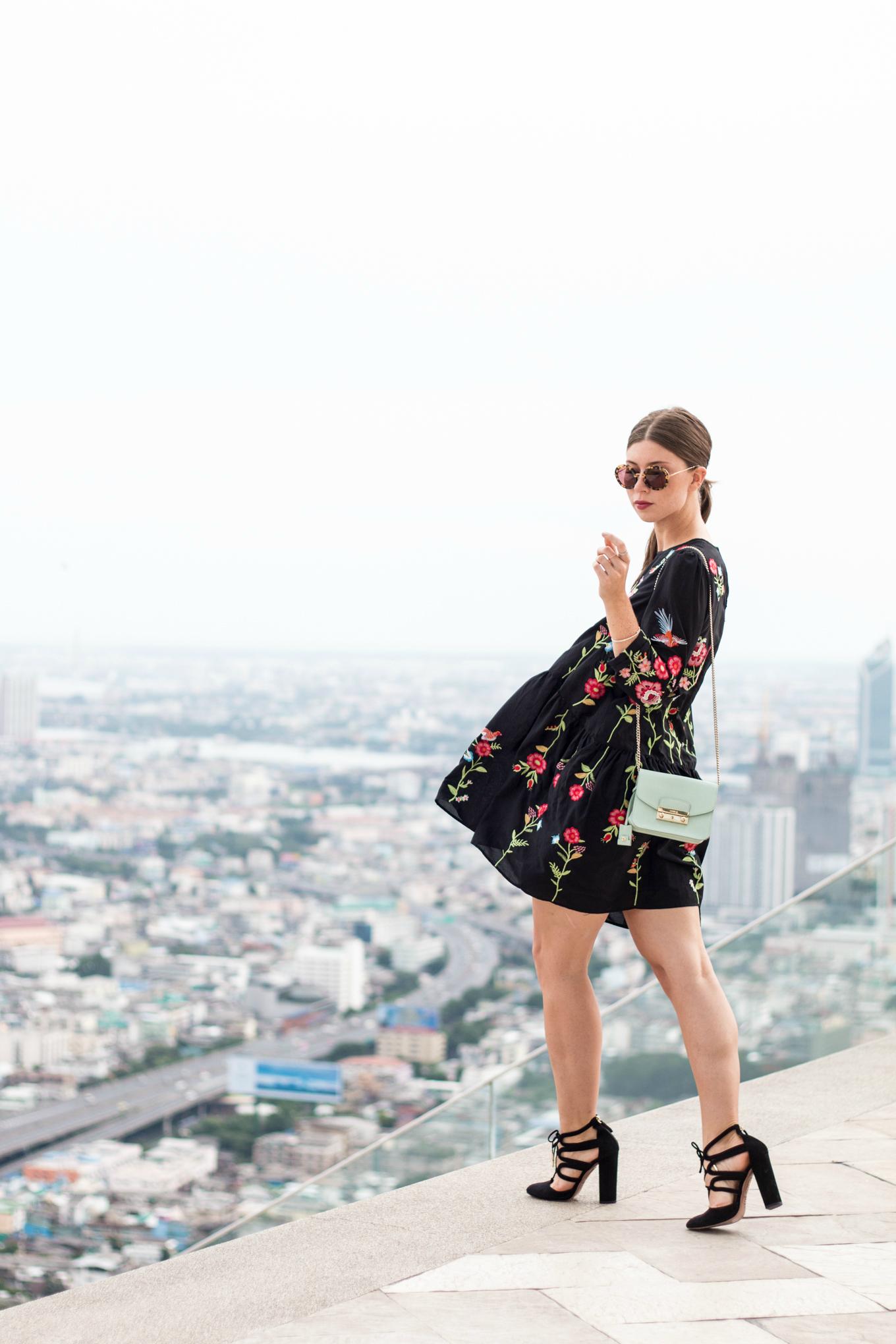 Bangkok-Rooftop-Lebua-State-Tower-17