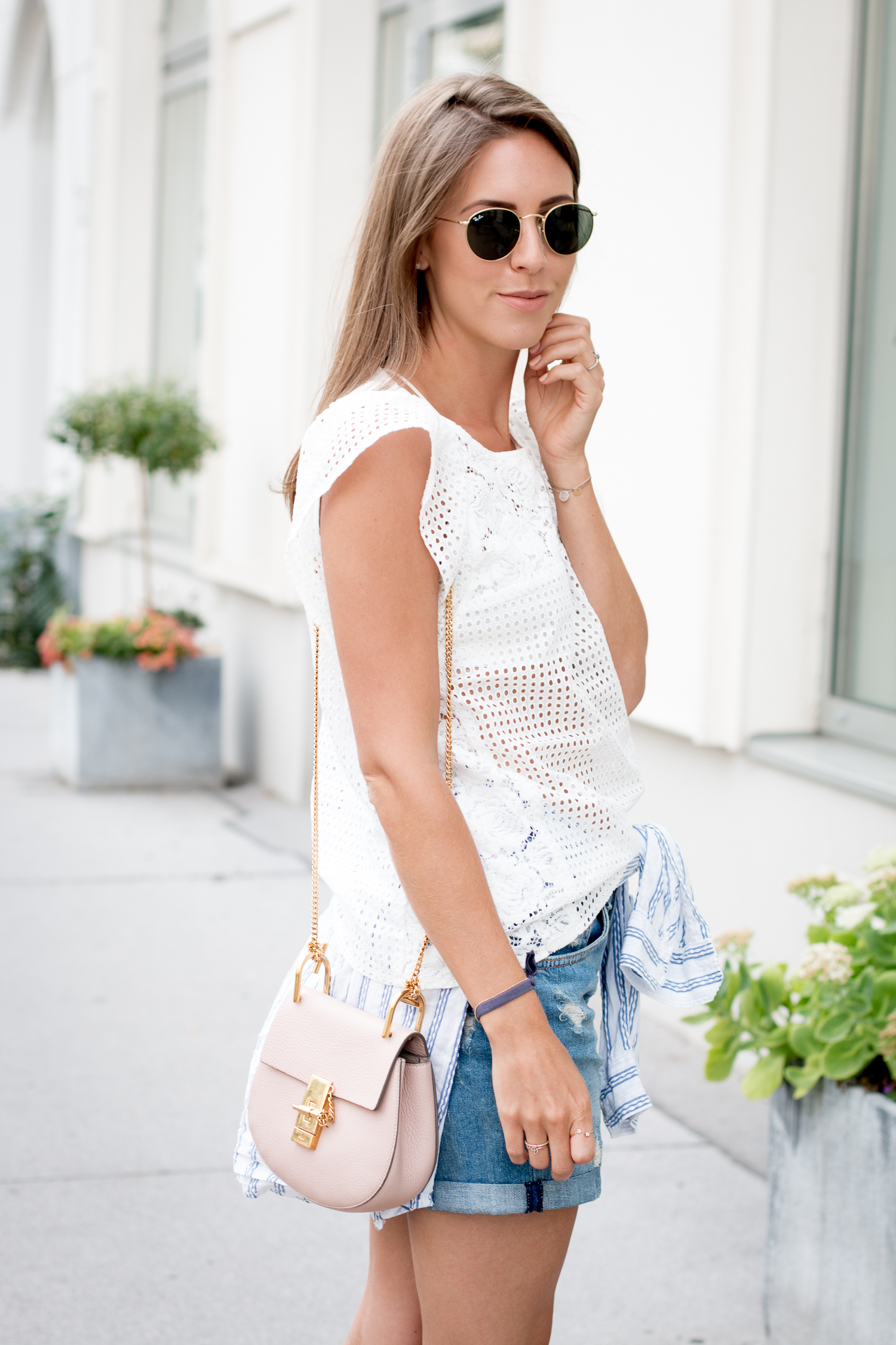 editors-pick-how-to-wear-summer-lace-14