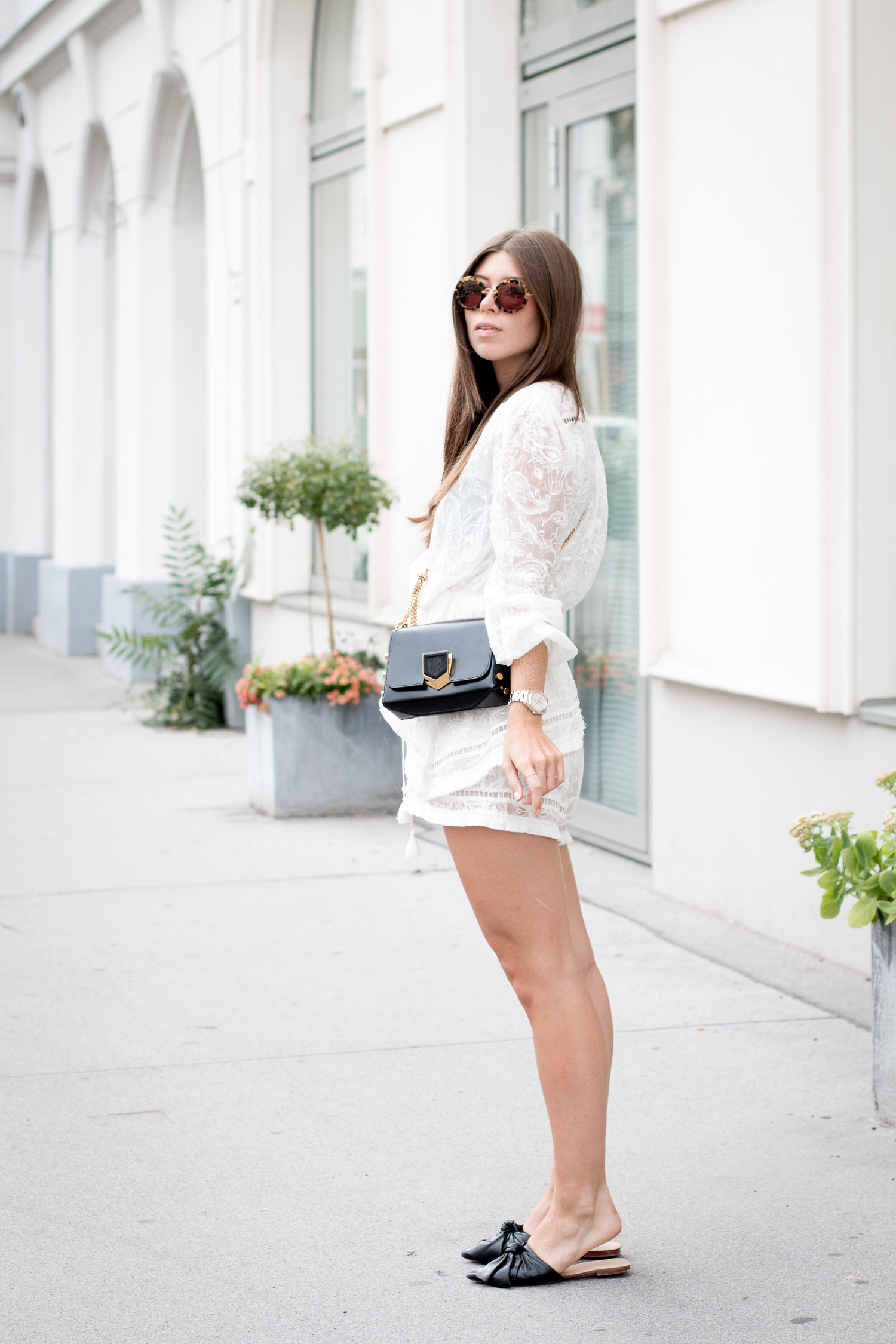 editors-pick-how-to-wear-summer-lace-25