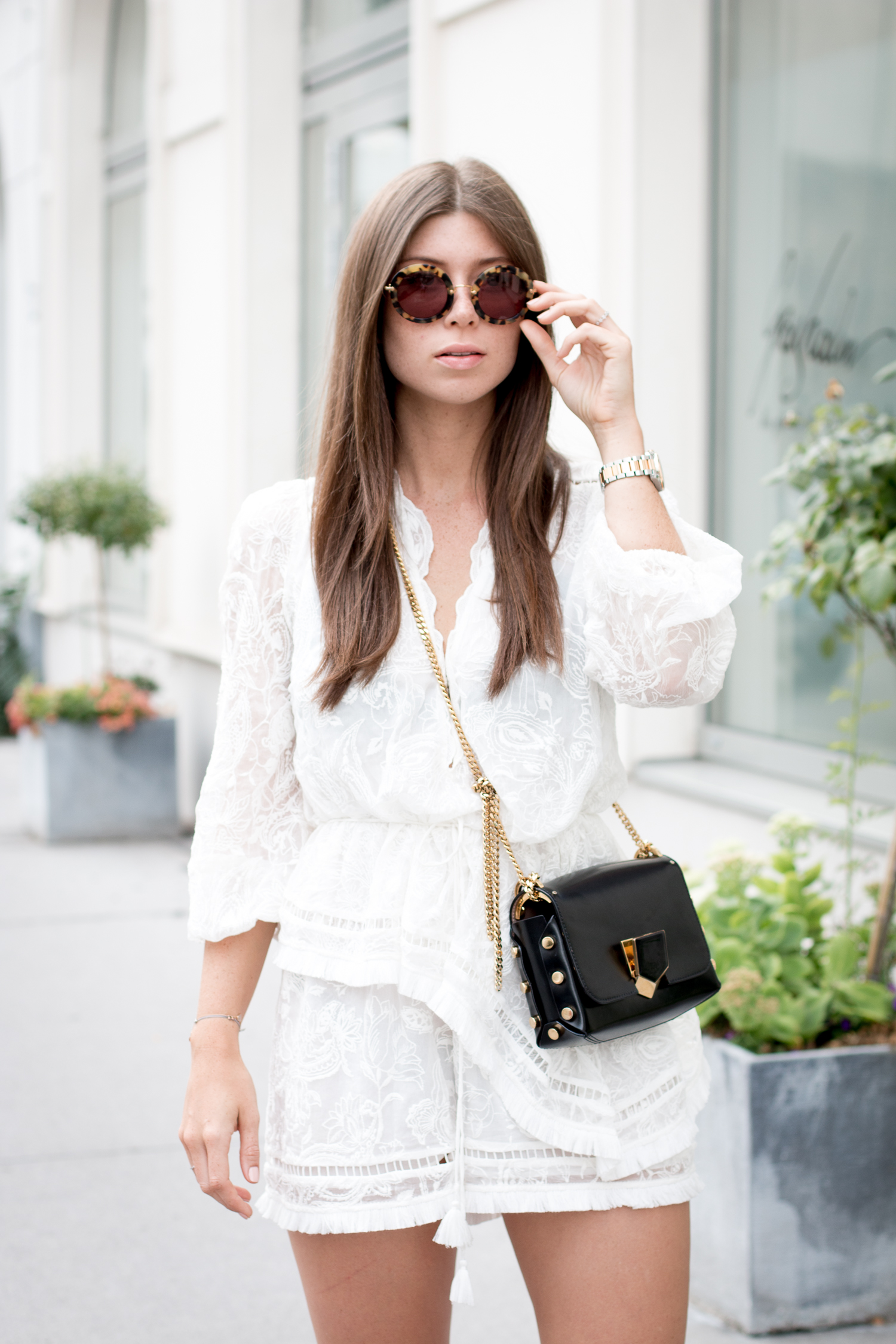 editors-pick-how-to-wear-summer-lace-33
