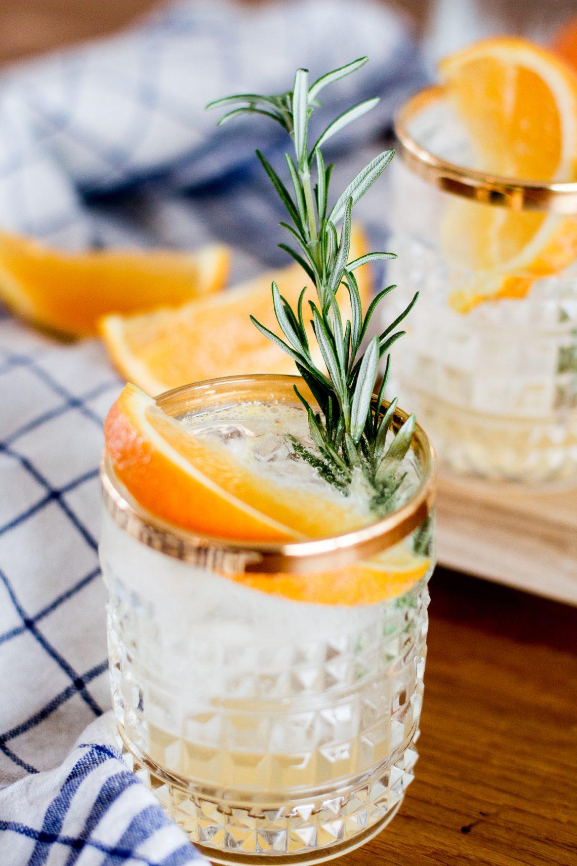 Bubbly Friday: Orange-Rosemary Vodka Soda
