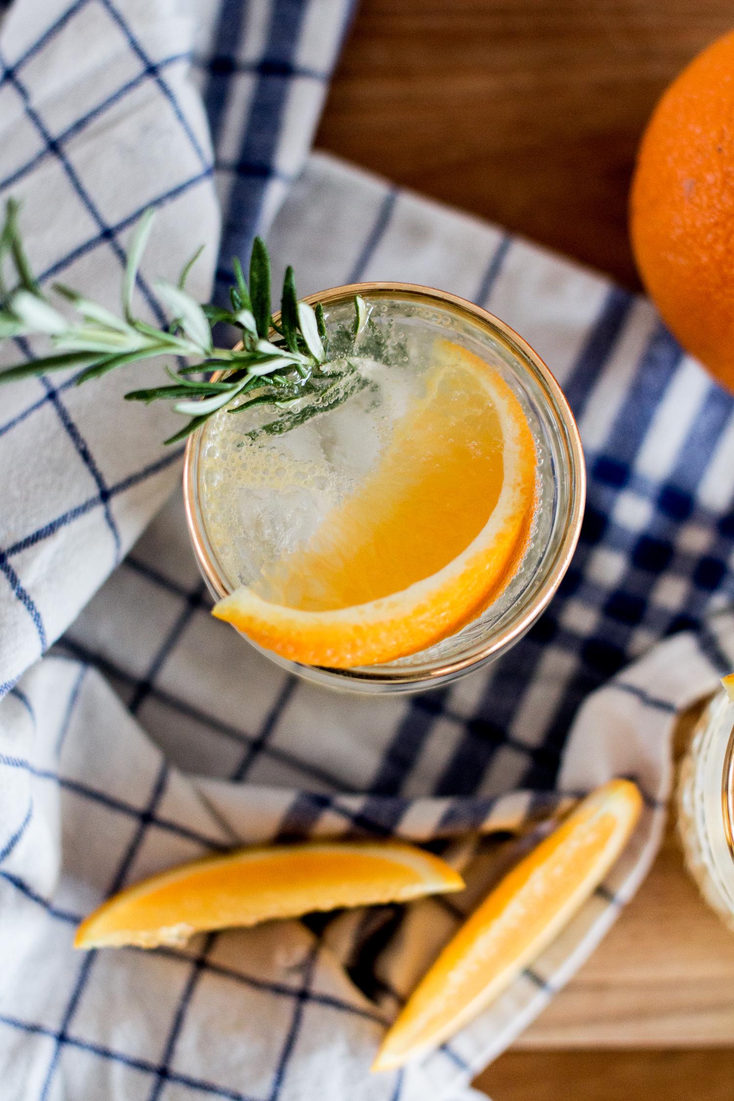 Bubbly Friday: Orange-Rosmary Vodka Soda | Love Daily Dose